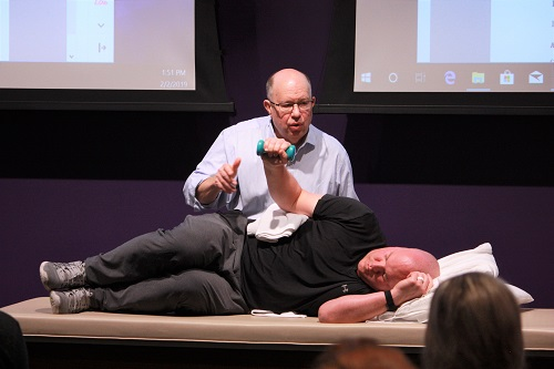 Ron Hruska demonstrating a Non-manual Technique with Neil Rampe